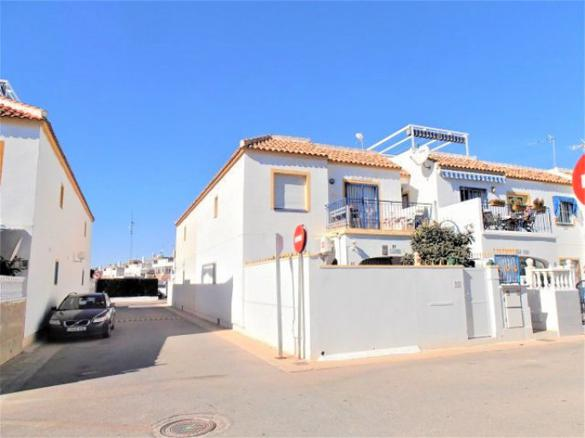 Semi-detached House in Torrevieja, продажа